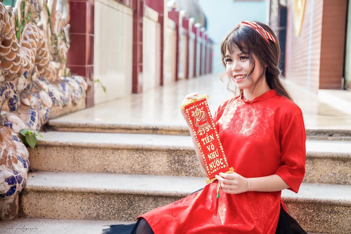 vietnamese girls on tet holiday